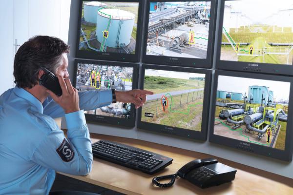 охрана с помощью видеонаблюдения
